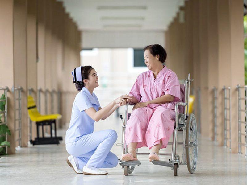 Chăm sóc sức khỏe toàn diện