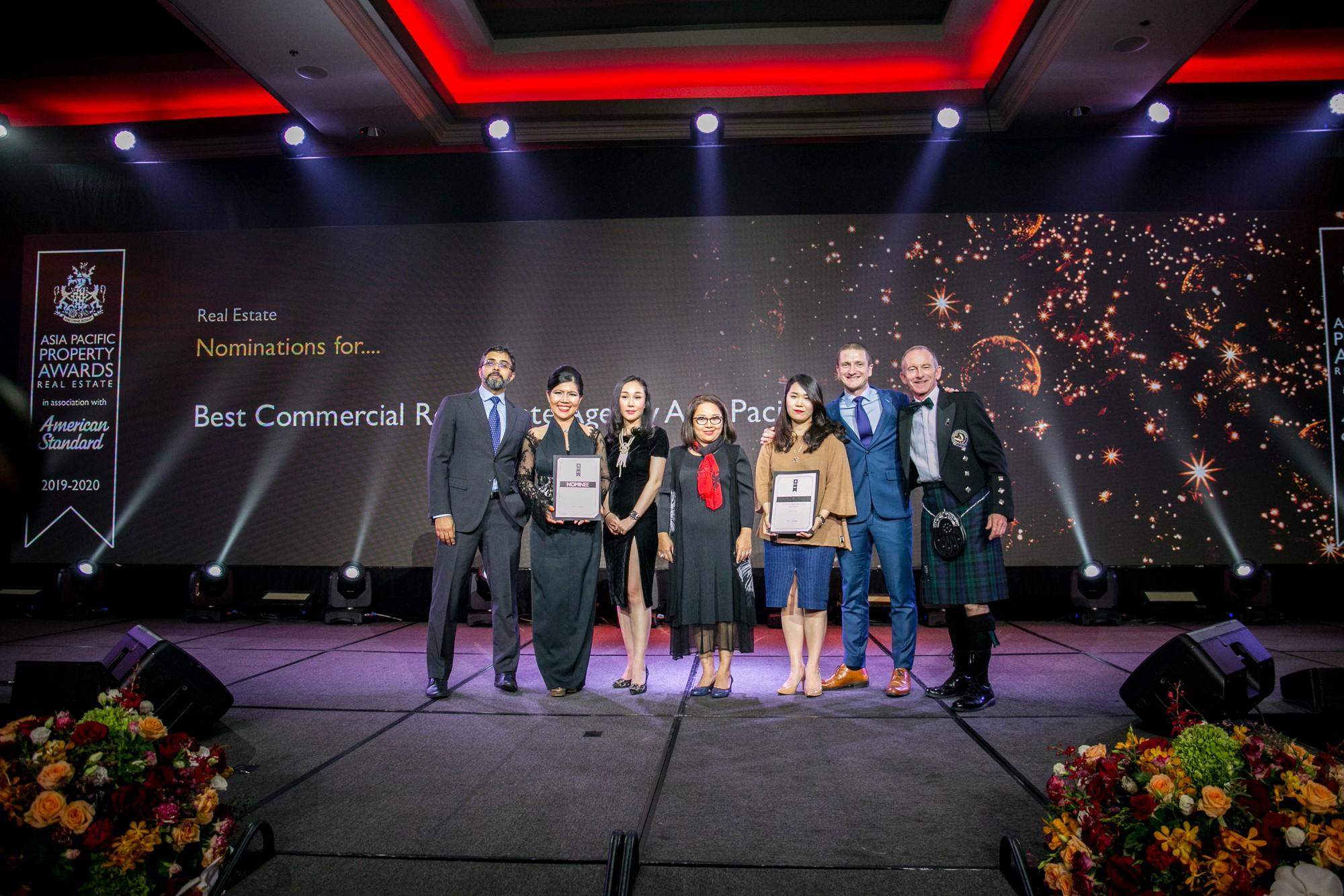 """Sàn Giao dịch bất động sản Nam Long nhận giải thưởng IPA 2019 hạng mục""""Sàn giao dịch bất động sản tốt nhất""""."""