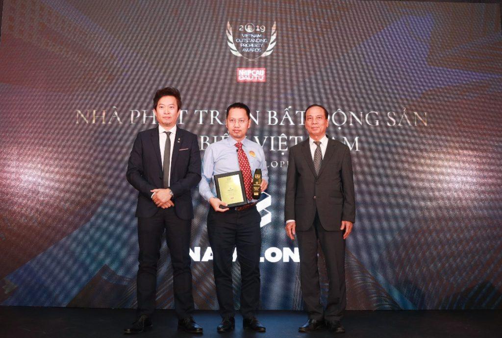 """Nam Long được vinh danh """"Nhà phát triển Bất động sản tiêu biểu Việt Nam 2019""""."""