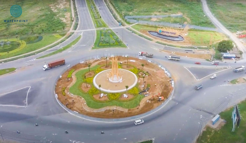 Cổng chào dự án Waterpoint Nam Long đang