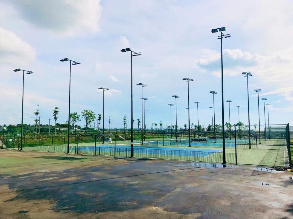 Hệ thống 5 sân tenis