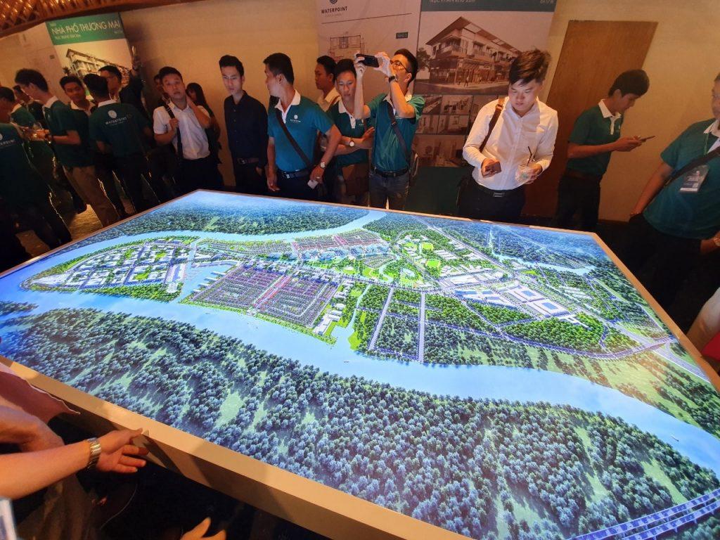 Sa bàn dự án Waterpoint Nam Long