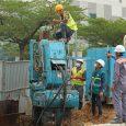 Công nhân thi công dự án hầm chui Nguyễn Văn Linh - Nguyễn Hữu Thọ