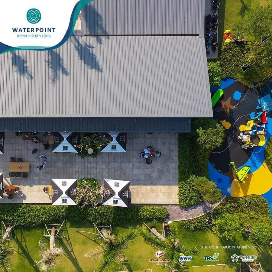 Hình ảnh trên cao E-Coffee Câu lạc bộ ven sông – Bến du thuyền Waterpoint
