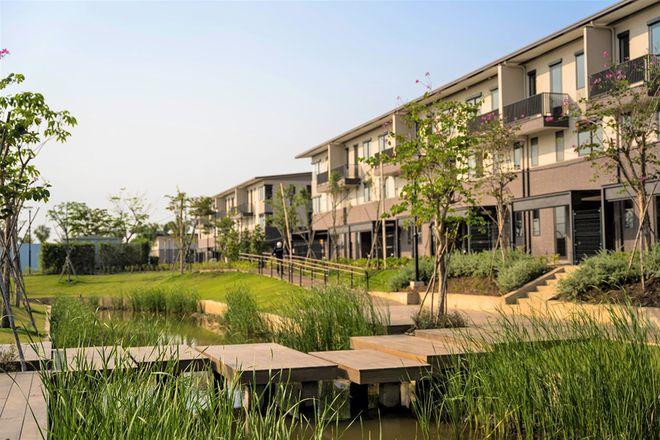 Hệ thống kênh đào 8,2km dẫn nguồn phong thủy thịnh vượng từ sông Vàm Cỏ Đông len lỏi vào khắp khu đô thị
